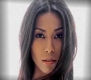 Anggun (Chanteuse)