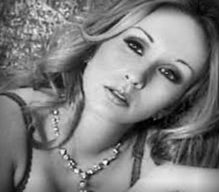 Caroline Levasseur (Chanteuse)