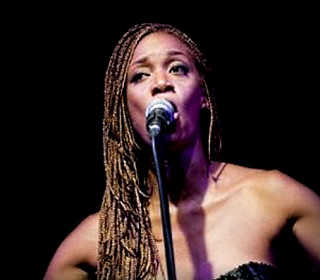 Kelly Joyce (Chanteuse)